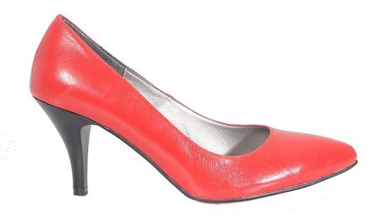נעל עקב מעור, 299 שח, להשיג ברשת חנויות קמדן אנד שוז , צלם אושרי תורתי