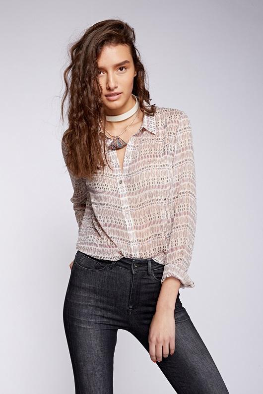 לי קופר נשים חולצה מחיר 169.90 שח צילום הילה שייר