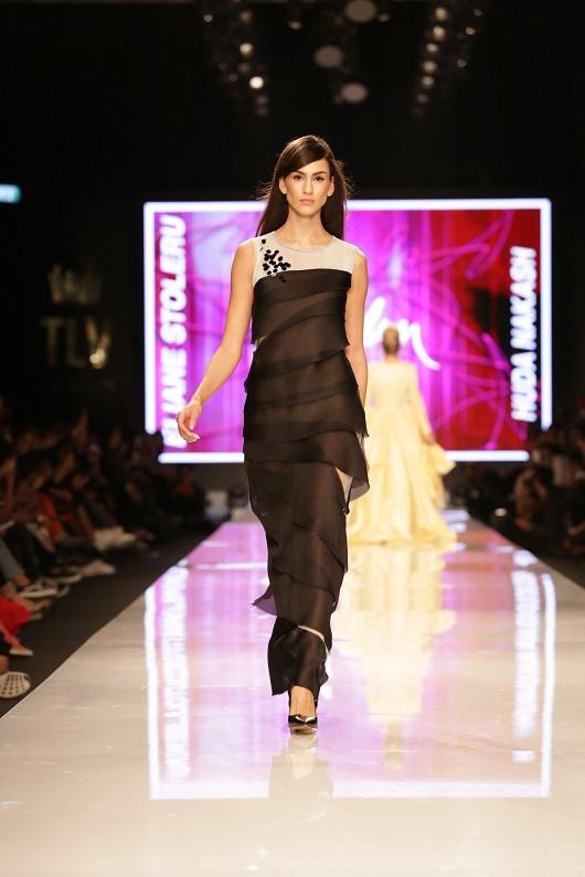הודא נקש לאליאן סטולרו בתצוגת הנסיכות שבוע האופנה גינדי תל אביב צילום אבי ולדמן