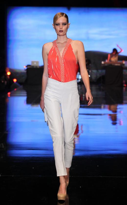 שוגרדדי אביב קיץ 2013 - שבוע האופנה GINDI TLV FASHION WEEK. צילום: אבי ולדמן