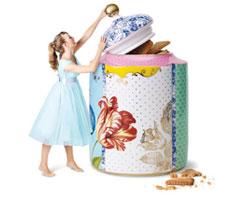 קולקציית כלים, אליס בארץ הפלאות