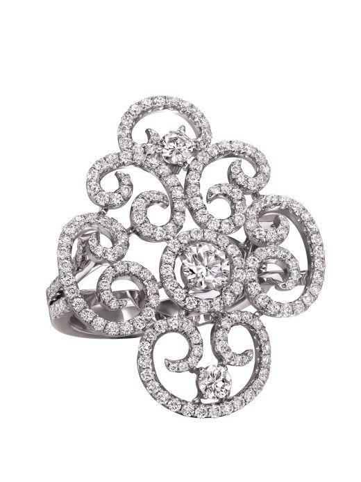 Eden's Collection תכשיטי יהלומים אקסקלוסיבים במראה Butterfly צילום: ג'יימס מון