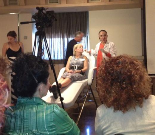 דוקטור מרינה לנדאו מסבירה על החידושים בהזרקות.