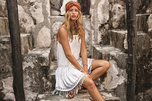 אמריקן איגל מחיר שמלה 99.90שח במקום 249.90שח צילום יחצ חול