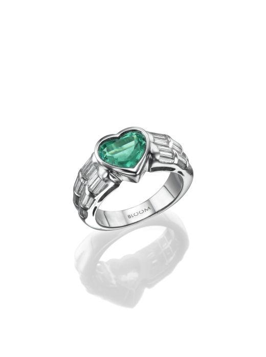 טבעת לב אמרלד, 11,700  שח, להשיג ב- BLOOM רחוב שהם 6 מתחם הבורסה רמת גן, יחצ