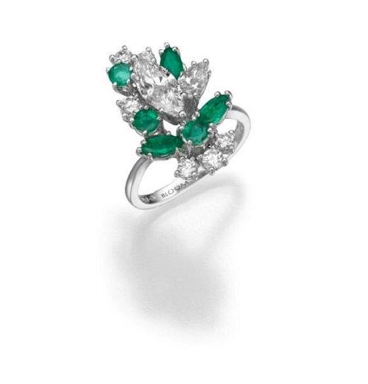 טבעת יהלומים ואמרלד, מבית BLOOM ו- CITIZEN, 35000 שח, להשיג ב- BLOOM תכשיטי יוקרה שוהם 6, רמת גן, יחצ