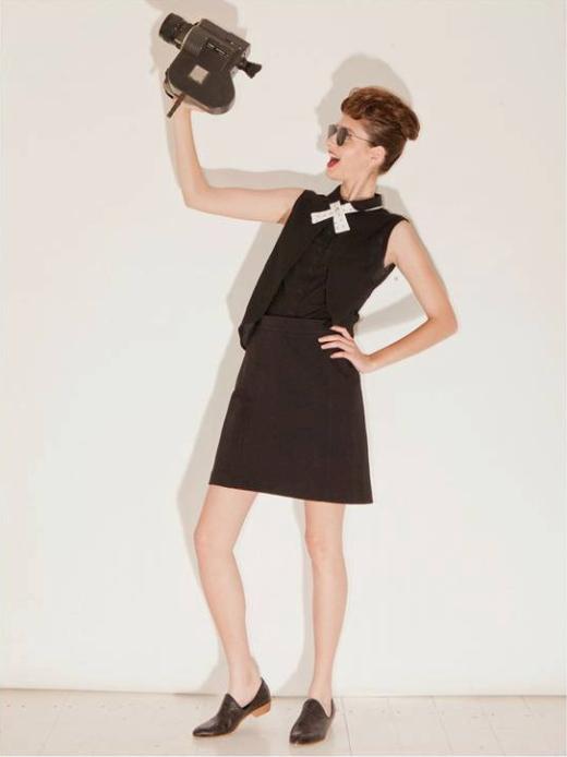חולצה 360 שח במקום 480 שח, חצאית 199 שח במקום 389 שח, מבית המותג BRANT, להשיג ביריד Unlimited Fashion (28-29.7), צלם גיא הכט