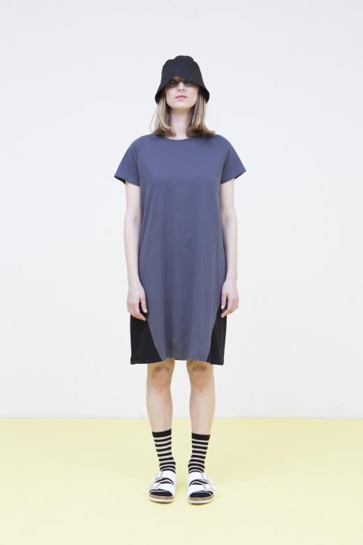 שמלת משולשים של FISS, 288 שח במקום 480 שח, להשיג ביריד Unlimited Fashion (28-29.7), צלם רוני כנעני
