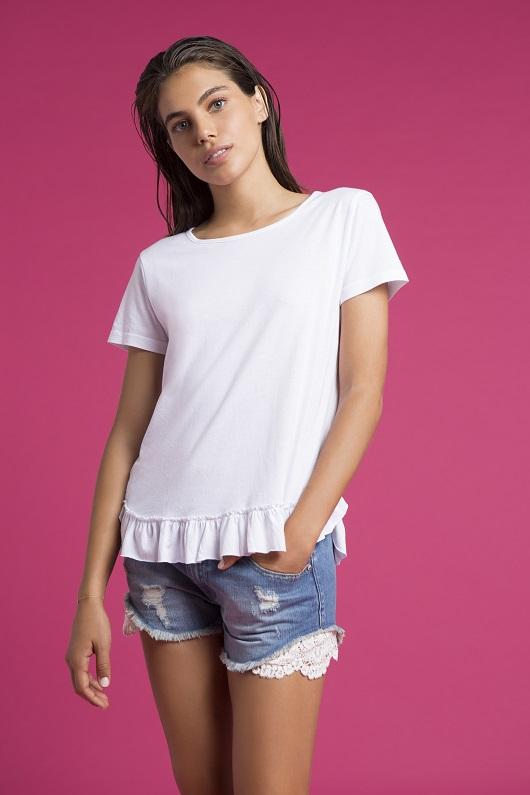 FOX NEW ARRIVAL חולצה 79.90 שח מכנסיים 49.90 שח במקום 119.90 שח קרדיט צילום גיא כושי ויריב פיין