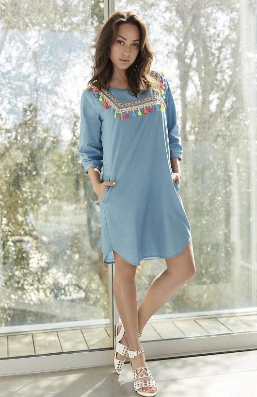 JUMP DENIM אנה ארונוב שמלת גינס פונפונים 289.90 שח צילום דודי חסון (2)