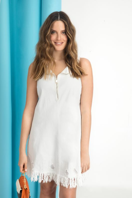 ONOT שמלת גינס שפשופים 299.90 שח צילום שי יחזקאל