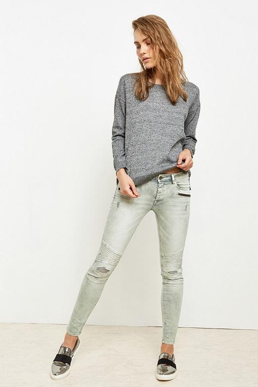 לי קופר ג'ינס נשים מחיר 249.90 שח צילום הילה שייר