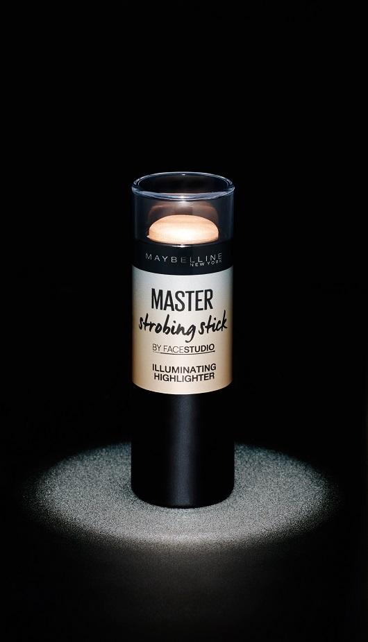 מייבלין ניו יורק משיקה את מאסטר סטרובינג -סטיק הארה במחיר 35 שח צילום יחצ חול