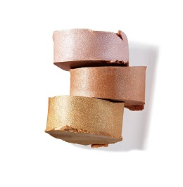 מייבלין ניו יורק -מאסטר סטרובינג ב 3 גוונים שונים  מחיר35שח צילום יחצ חול