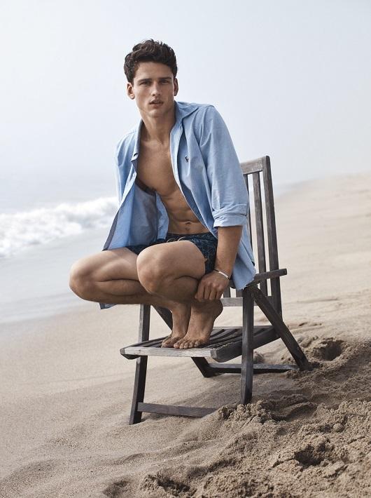 ראלף לורן מחיר חולצה 499 בגד ים 299 שח צילום יחצ חול