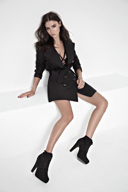 רוסלנה רודינה ממשיכה לעונה שלישית עם רשת נעלי סקופ ומקבלת 200,000שח לעונה צילום שי יחזקאל