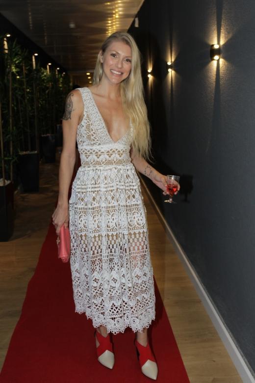 מיטל דה רזון עדיין לא מתחתנת אבל יכול להיות שהמלה היא סוג של רמז לחבר... צילום רפי דלויה (1)