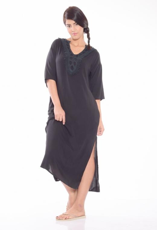 שמלת מקסי גלבייה, 49.90 שח, להשיג ברשת Select צלם יונתן בורק