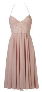 קולקציית שמלות הכלה והערב לשנת 2012.