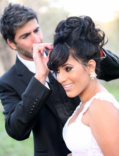 מסרק את אשתו - הכלה בר והחתן המסרק אבישי רז פרץ.