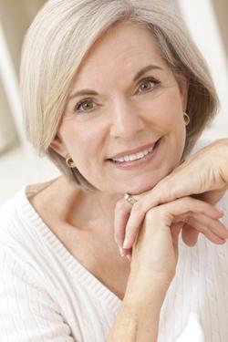 טיפים לשמירה על עור פנים יפה וחיים בריאים