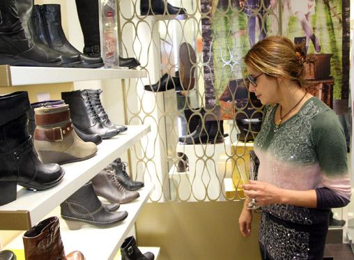 אורחים רבים הגיעו ביום שישי האחרון לחנות של מותג הנעליים האנגלי Clarks