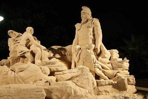 סלבריטאים הגיעו לתערוכת אגדות בחול