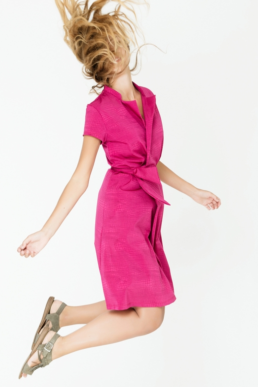 שמלת מעטפת מבית המותג feyge, 280 שח במקום 350 שח, להשיג ביריד Unlimited Fashion (28.7-29.7), רחוב אלטלף 3 יהוד, צלם יניב דרוקר