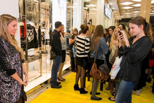 חנות שנייה למותג האופנה  FOREVER 21