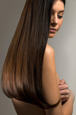 נשים מעדיפות שיער חלק