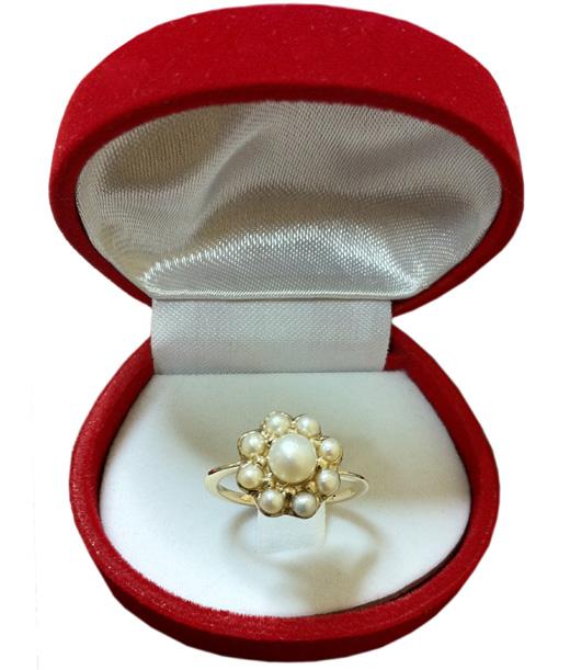 """הטבעת של איגי וקסמן. צילום: יח""""צ."""