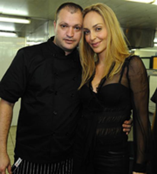 בוהדנה ומנהל המטבח שף יניב לוי. צילום: תומר סבג