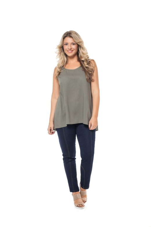 רשת ml גופייה מחיר 159.90 שח ג'ינס מחיר 389.90 שח צילום גיא זלצר