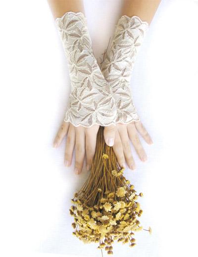 שבוע האופנה לכלות 2013 מציג  נבחרת מעצבי האקססוריז