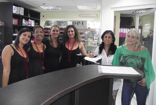 הצוות המקצועי של נייל סטודיו חיפה - השקת הסניף המחודש. צילום: פורטל בראש