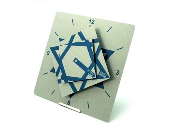 שעון קיר או שולחן בעיצוב המעצב אופק ורטמן