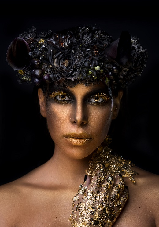 המאפרת מאפרת סיגל היימס זר הפרחים סיון פרימור מFlower Queens צילם אורן קאן