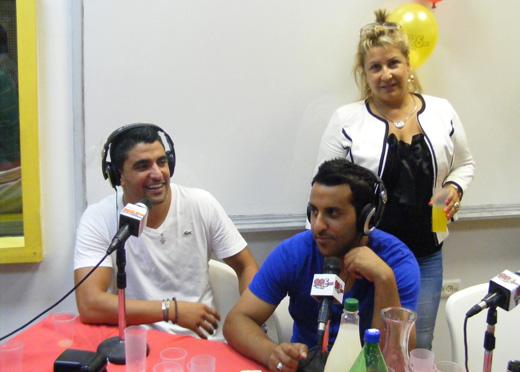 אורלית אוקוביץ', דודו אהרון ומשה פרץ במהלך השידור - ביו סקלפצ'ר ברדיו