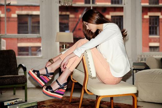 הדוגמנית פאולה וונג תוביל את הקמפיין העולמי של STEVE MADDEN. צילום: יחצ חול