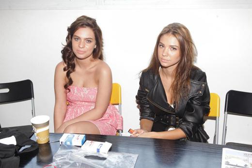 רוסלנה רודינה ודניאל לוי בצילומי קמפיין. צילום: שוקה כהן