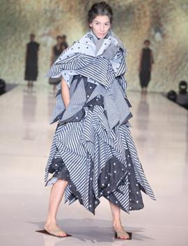 ששון קדם - JOURNEY.שבוע האופנה גינדי תל אביב -GINDI TLV FASHION WEEK. צילום אבי ולדמן