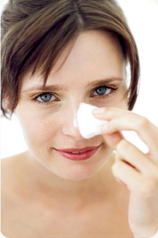 כיצד שומרים על עור רגיש