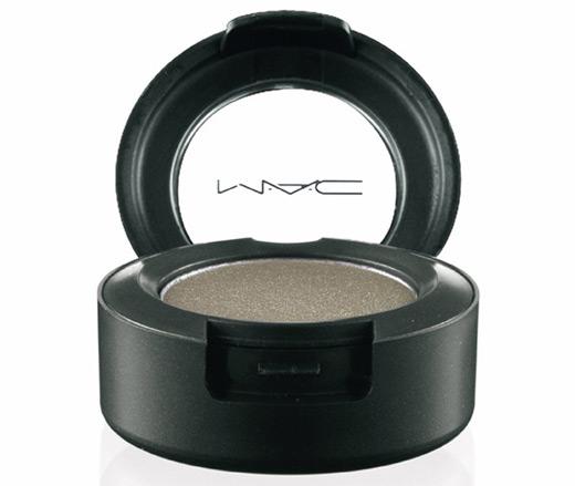 mac - משיק גווני השפתונים והצלליות האהובים עליכם