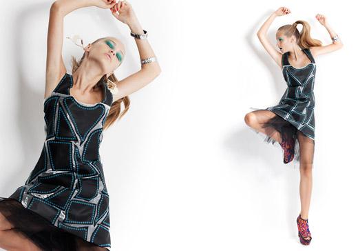 שמלה בטקסטורה דמויית מוזיאקה מאורגנזה ובד דמוי עור- קטיה ליברמן