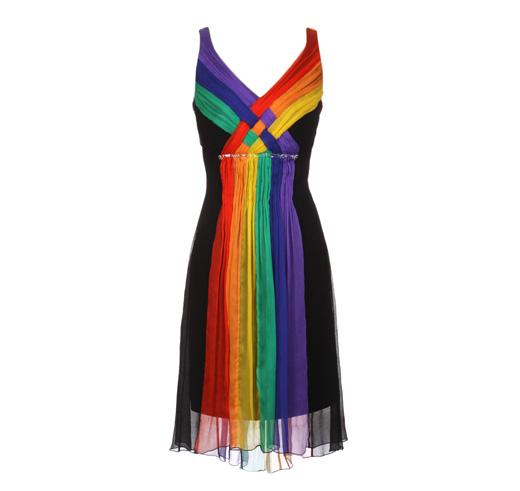 שמלת הגאווה בהצדעה למצעד הגאווה. צילום: ניר יפה