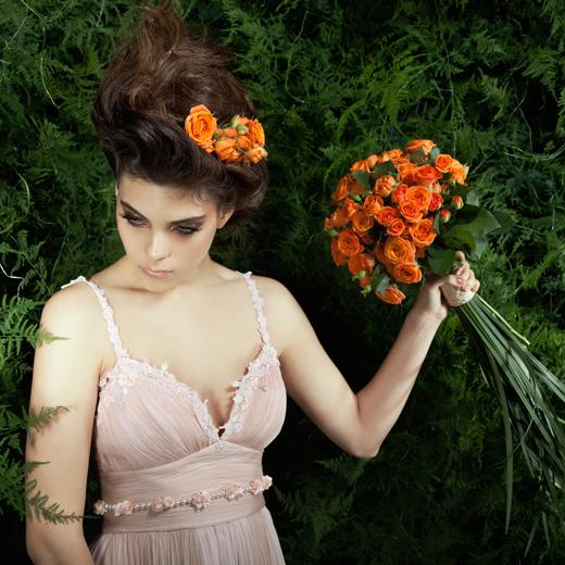 זרי כלה לקראת עונת החתונות 2012. צילום: דן לב