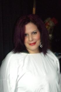 יומולדת שמח - מעצבת השיער דנית אנקר