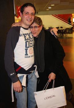 סי היימן ובן הזוג. צילום: אסף לב