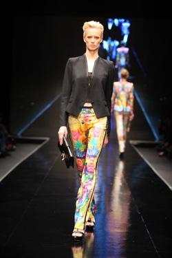 תצוגת האופנה של רוברטו קוואלי בשבוע האופנה בתל אביב