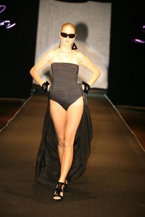 גברת לאה גוטליב, מעצבת בגדי ים ובגדי חוף האגדית